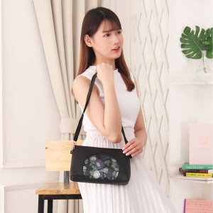 ATS08 Tas Selempang Korea Wanita Kulit PU Luxurious Flower Leather